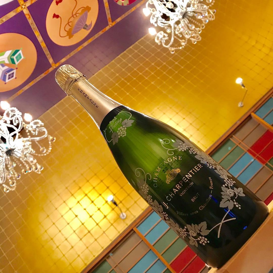 シャンパン 「ジェイ・シャルパンティエ プリュット・プレステージ」page-visual シャンパン 「ジェイ・シャルパンティエ プリュット・プレステージ」ビジュアル